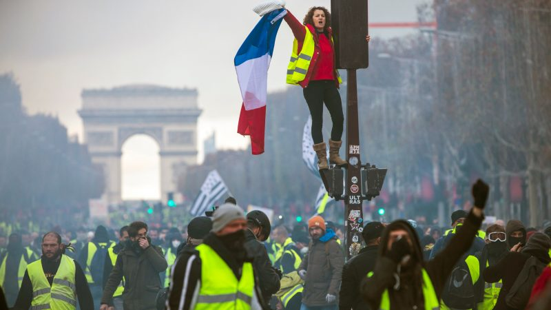 yellow_vests_paris-800x450.jpg